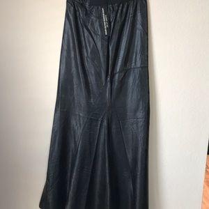 BlankNYC black faux leather skirt never worn